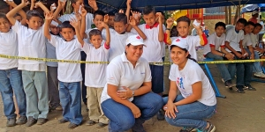 Entrega de donación Sleeping children around the World - Tipitapa